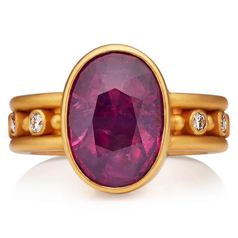 Persian Screen One Row with Oval Pink Sapphire Ring