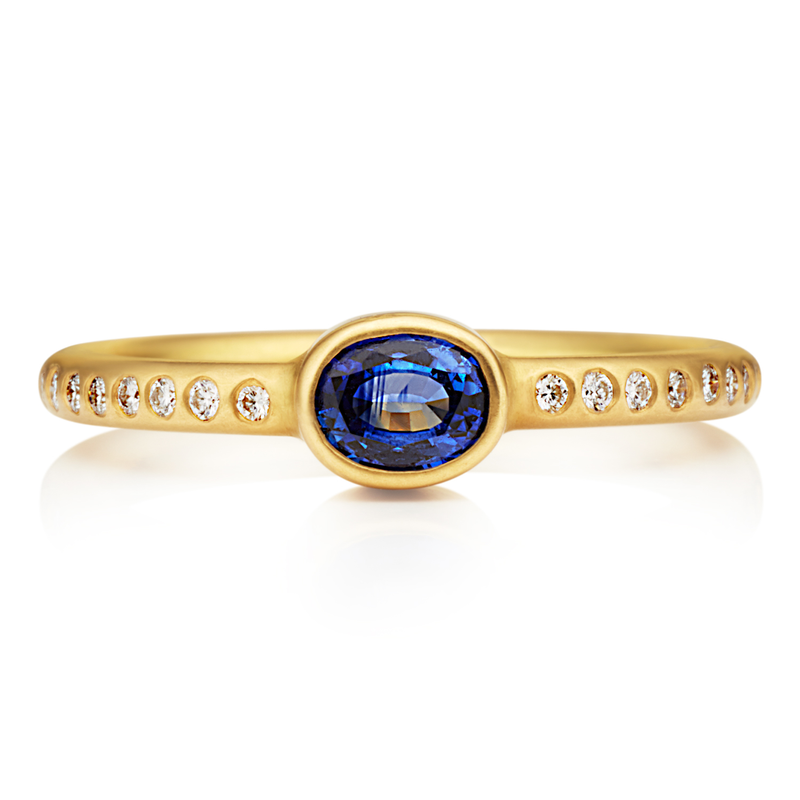Hoopstock Ring with Blue Sapphire
