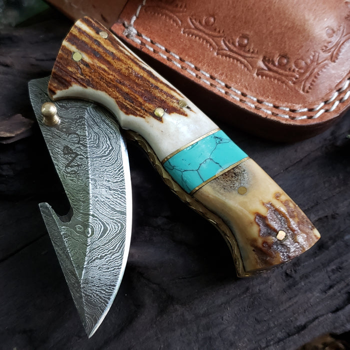 Hammered Steel vs Damascus Steel - North Rustic Knives