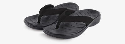 SOLE Women's Catalina Sport Flip Orthotic Sandal Black