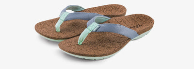 SOLE Women's Santa Cruz Flip Orthotic Cork Sandal Grey/Light Teal