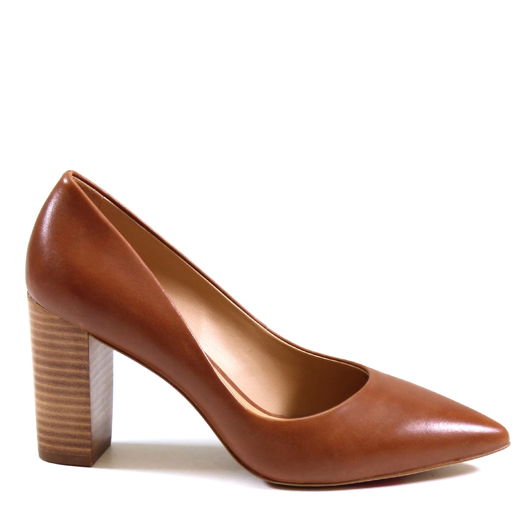 The Luichiny ltd COU RAGE pump is accented by a classic point-toe & 3.5-inch chunky stacked heel exhibiting a sleek silhouette that demands attention and gets the job done. Featuring supple lambskin leather lining, luxurious leather upper, and a buttery smooth padded insole for superior comfort. Have the COU RAGE to finish the day strong with Luichiy Ltd.