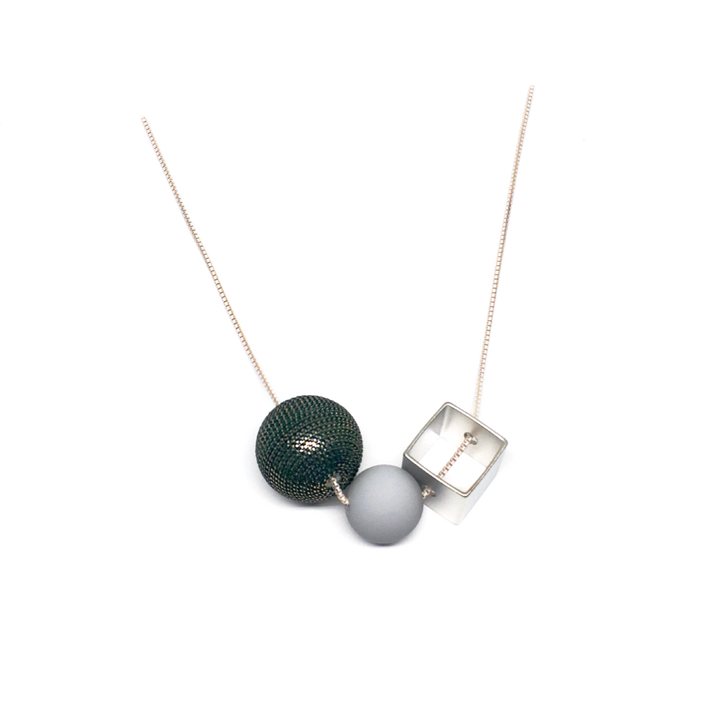Eis Farrago Necklace