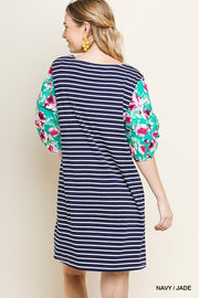Floral puff Sleeve Striped Round Neck Dress with Pockets