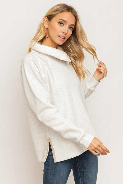 Fleece Pullover With Trim Side Detail.