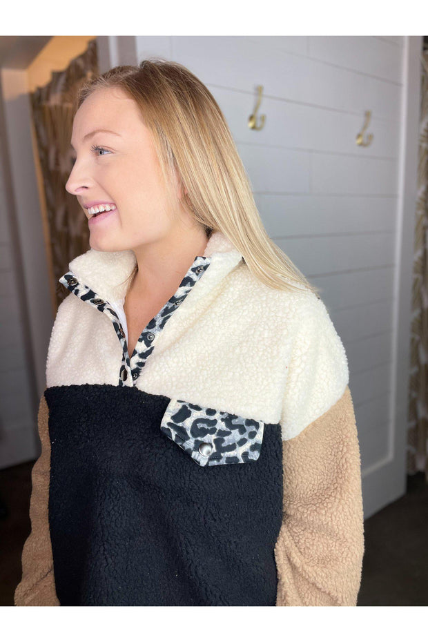 color block fleece faux fur jacket with leopard pocket boho pretty online boutiuqe womens clothing