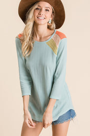 Solid Knit Fabric Color Block Top With Three Quarter Sleeve And Round Neck and Hemline, Three Knit Fabric Back and Shoulder Contrast Detail. boho pretty boutique ces femme