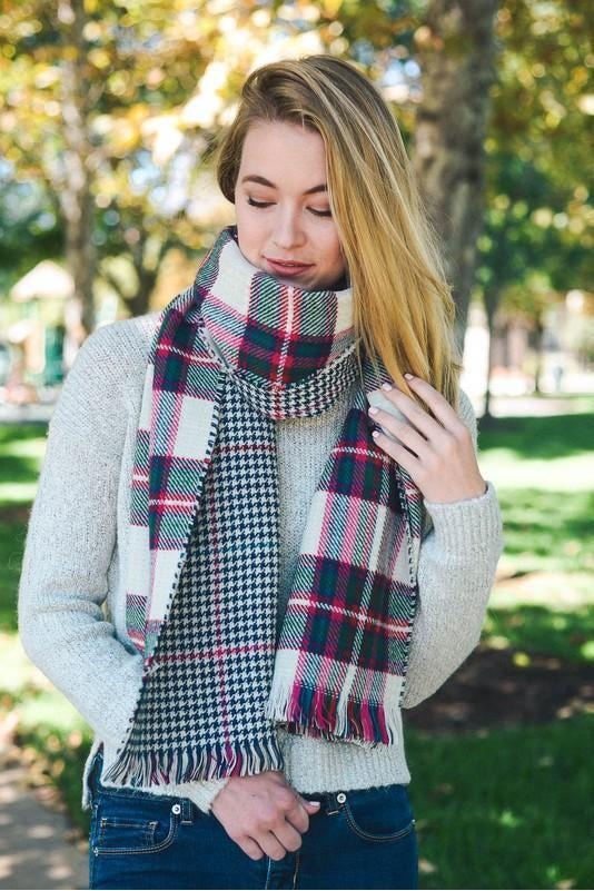 blanket scarf, plaid, white-green, boho pretty, womens fashion.jpg