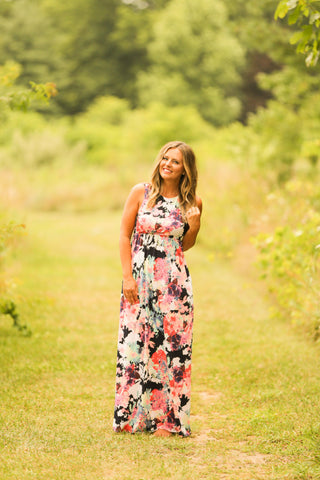 Afternoon Stroll Maxi Dress