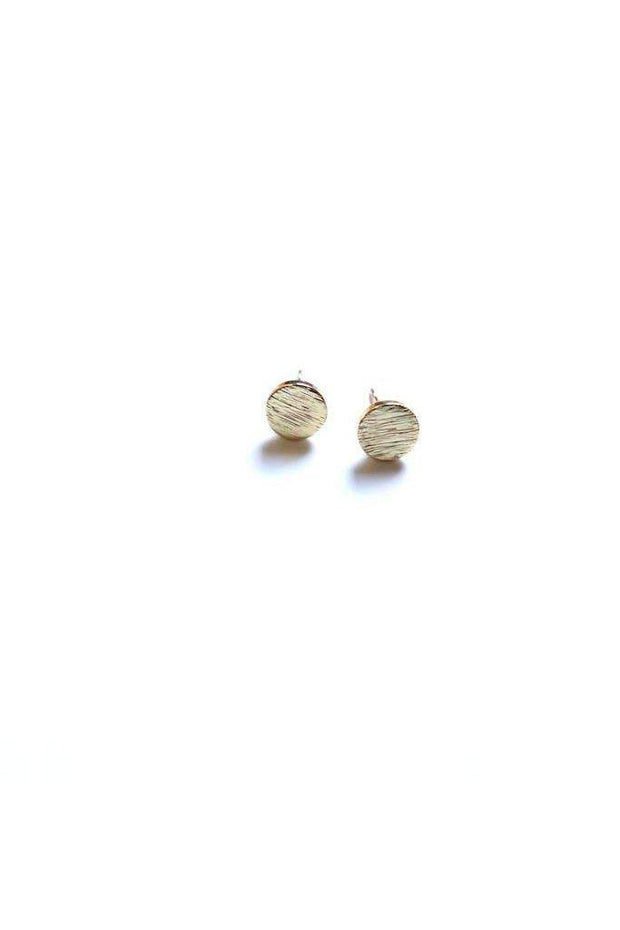 Circle stud earrings in gold. Product is lead and nickel free. boho pretty online boutique womens accessories jewelry