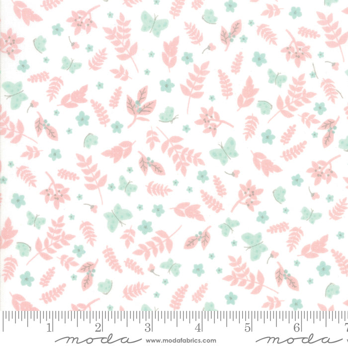 Wonder Powder 13192-11 Novelty Garden White - Fabrics N Quilts