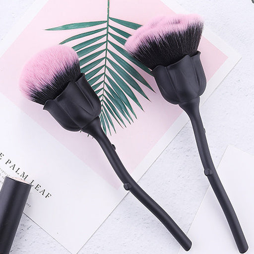 New rose makeup brush