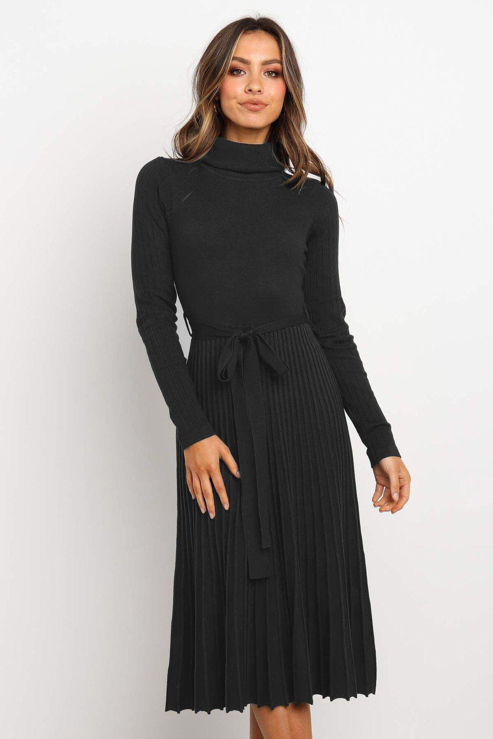 Radiez Classy High Neck Long Sleeve Pleated Midi Dress
