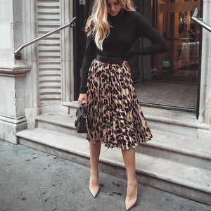 Radiez Black Long Sleeve Top With Pleated Leopard Skirt Two-Piece Dress