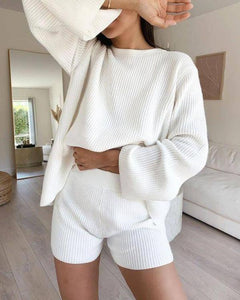 Radiez Simple Pure White Round Neck Long Sleeve Loose Sweater Two-Piece Set