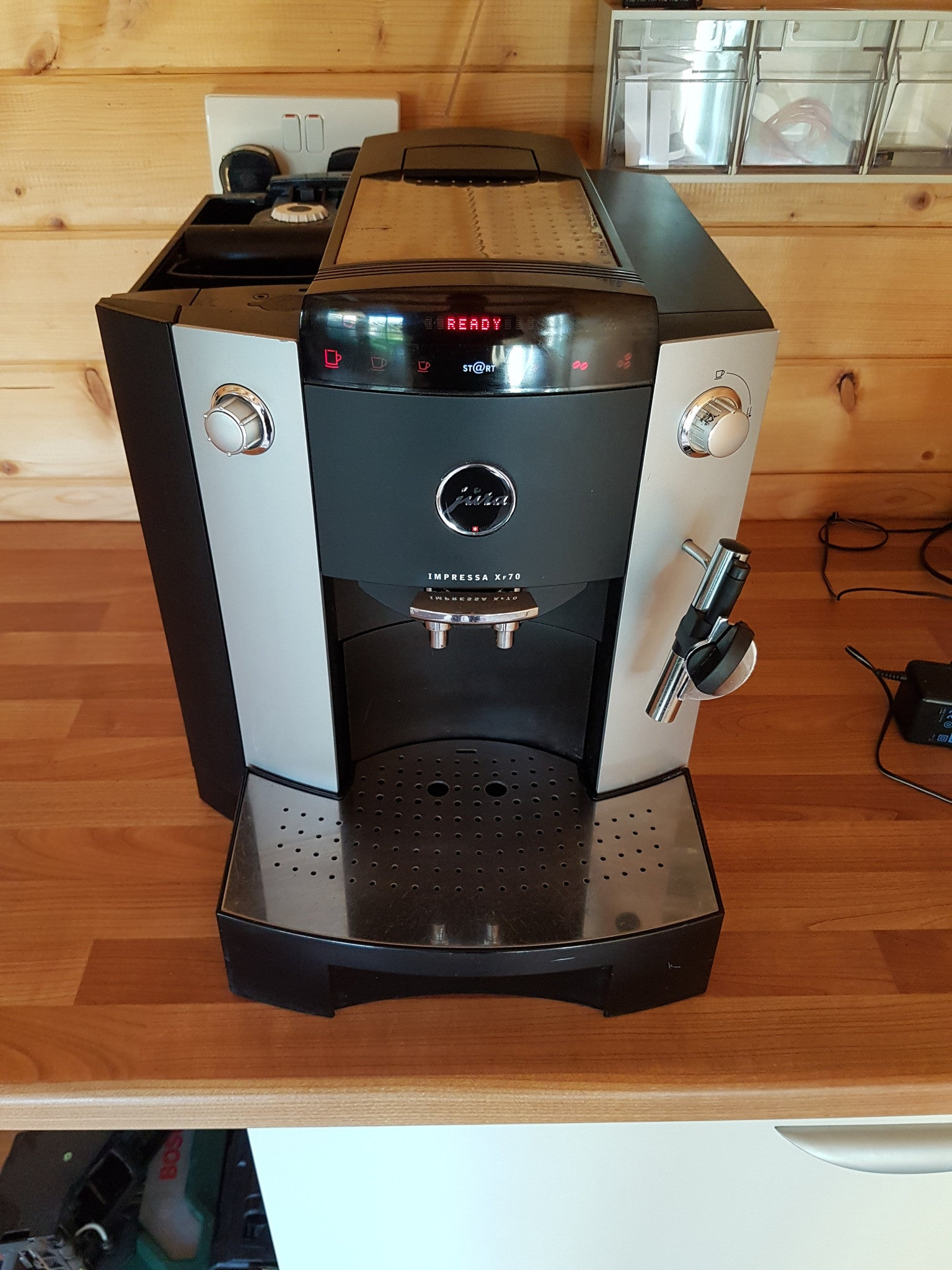 jura impressa xf70 semi commercial coffee machine cafe select. Black Bedroom Furniture Sets. Home Design Ideas