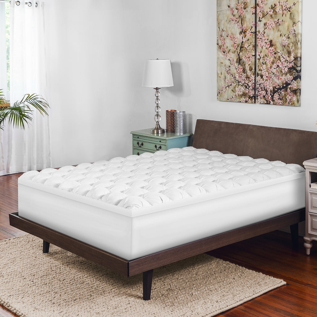 4-Inch Gel-Infused Memory Foam and Down Alternative Mattress Topper