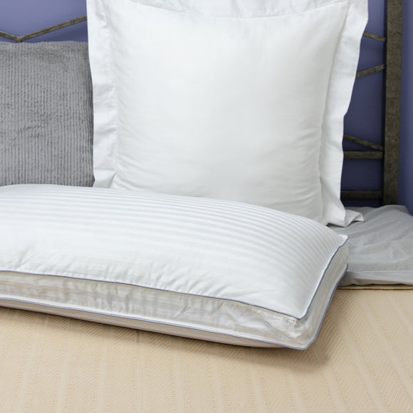 SensorPEDIC Dual Comfort 500 Thread Count Reversible Bed Pillow