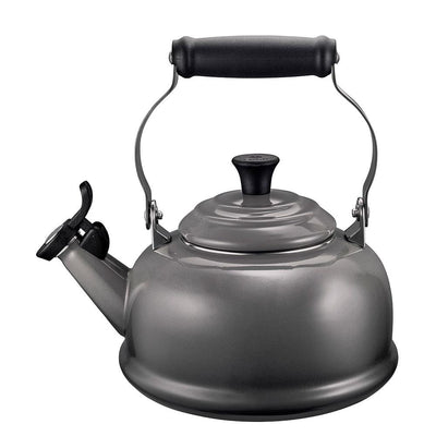 Le Creuset Classic Whistle Kettle 1.7l, Oyster Grey