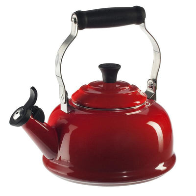 Le Creuset Classic Whistle Kettle 1.7l, Cerise Cherry Red