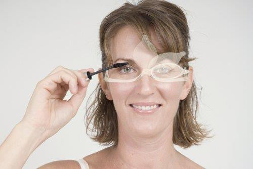 Kikkerland Make-up Reading Glasses Lifestyle