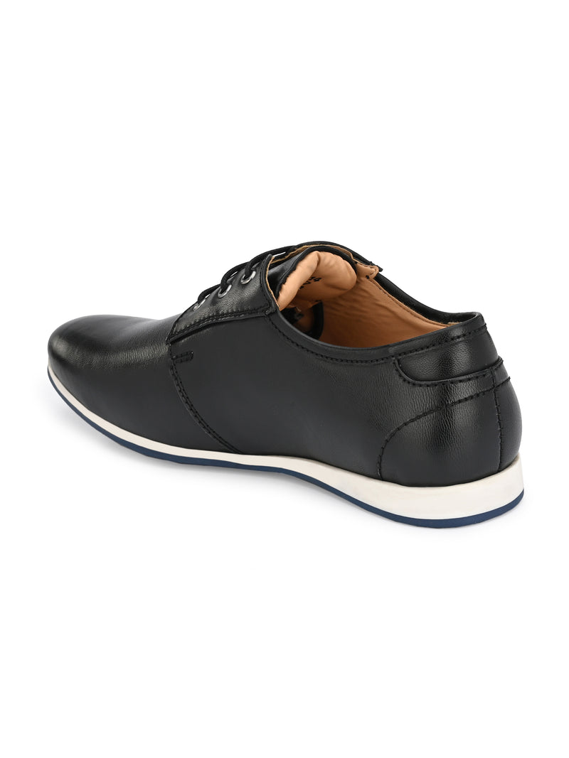 Umber Black Sneakers