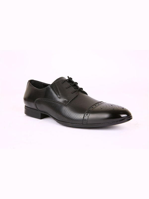 Beat Black Cap-Toe Brogues