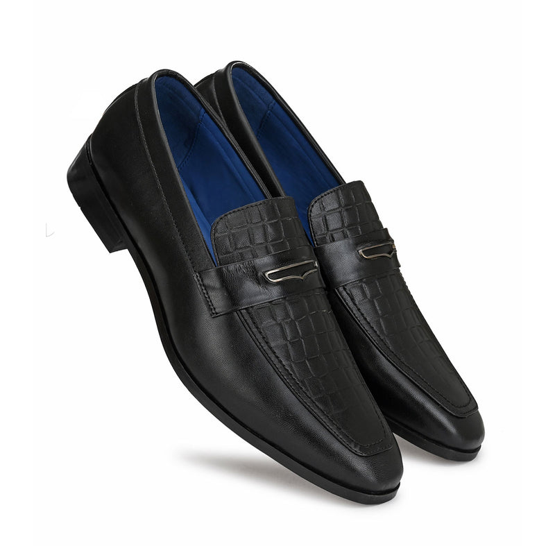 Black Boxy leather Loafers