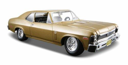 Maisto 1:24 Scale 1970 Chevrolet Nova SS Diecast Vehicle (Colors May Vary)