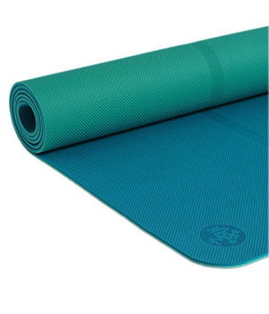 Manduka Welcome Yoga Mat  Premium 5Mm Thick With Alignment Stripe