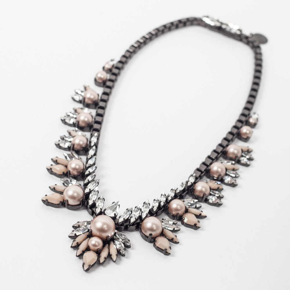 LaBoutik:ELLEN CONDE - NECKLACE - POWDER ALMOND PEARLS