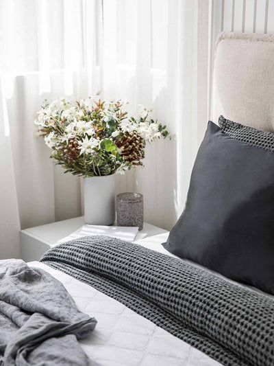 Sleepy Silk, Silk Pillowcase - Midnight Black (SS-PC-BK00), Silky Tots Double Sided Silk Pillow Slip, Pawda Baby 100% Mulberry Silk Junior or Adult Pillow Case, Slip Pillowcase, SHHH Silk Silk Pillowcase, Blissy Silk Pillowcase
