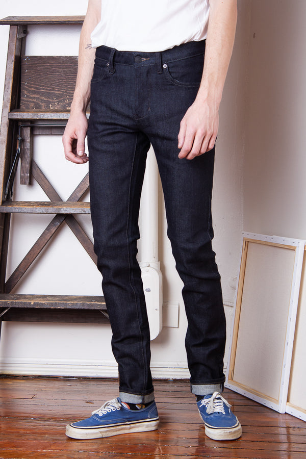Neuw Iggy Skinny - Dry Jeans & Apparel - Dutil Denim