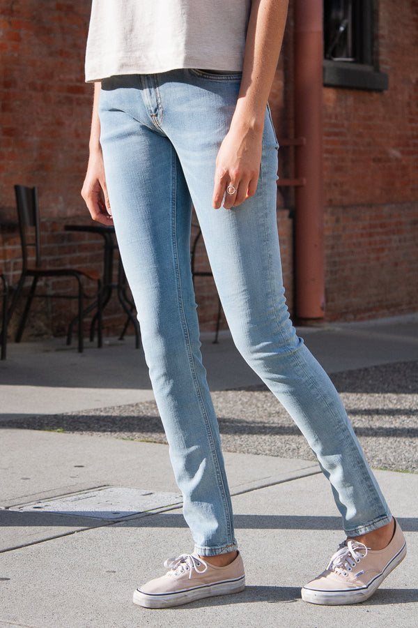 Nudie Skinny Lin - Light Blue Power