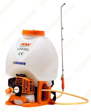 KM0407262 25.4CC LIQUID SPRAYER 25.4CCEngine:25.4cc(1E34F) Power:0.75kw Container capacity:25L Works pressure:0-2.5MPA Packing:50x38x61cm 1PC N.W. G.W.:8.0 9.5kgs 20'FCL:250PCS