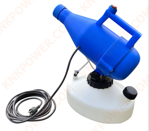 KM0407E05 ANTI CORONAVIRUS SPRAYER Voltage:220V-50HZ Wattage:1400W Bottle capacity: 4.5L Spray distance Max: 8-10M Flow: 150-260ml min With 5m cable + EU plug Packing Size: 39x26x43 3.3kg
