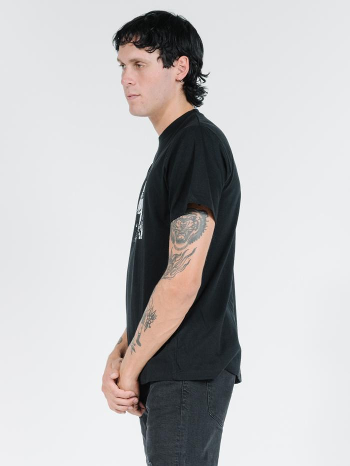 Dennes Merch Fit Tee - Black