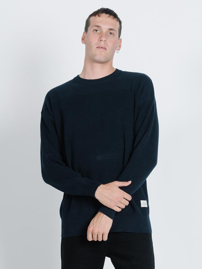Arch Crew Knit  - Total Eclipse