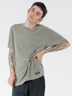 Liste Panel Merch Fit Tee - Desert