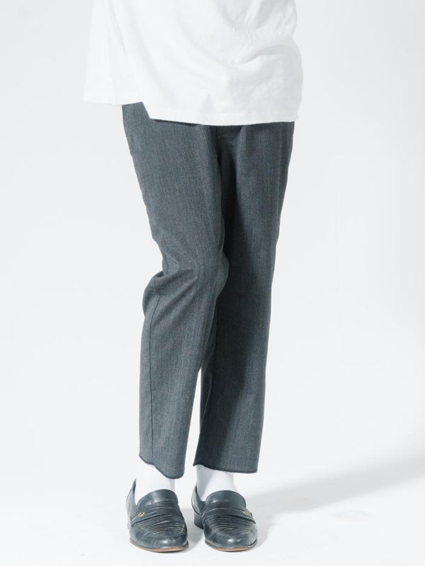 Parallels Chopped Chino  - Dark Charcoal
