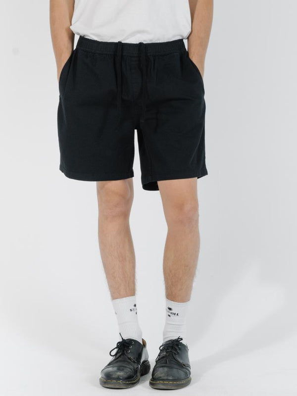 Minimal Thrills Work Volley - Black