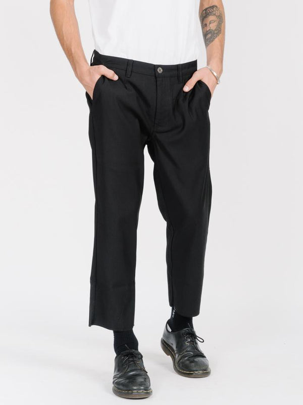 Non Sense Chopped Suiting Pant - Black