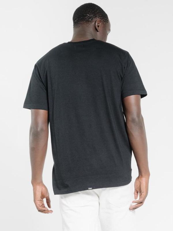 Company Pinline Stack Merch Fit Tee - Black