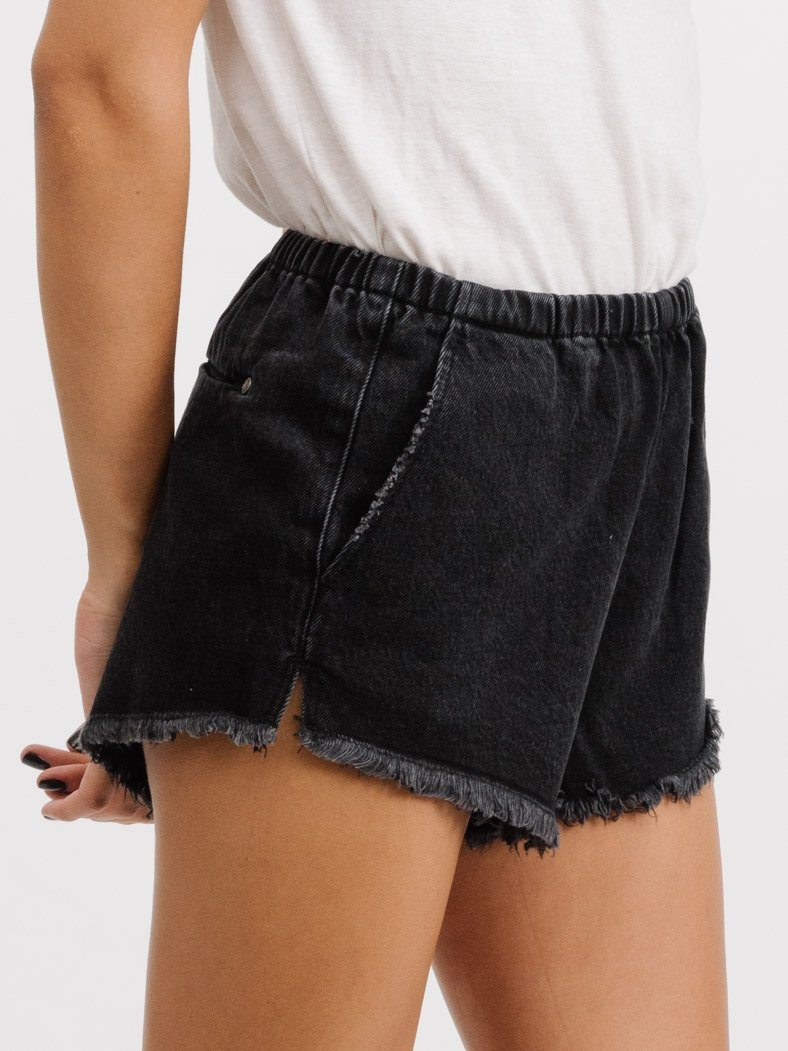 Runner Short - Faded Black