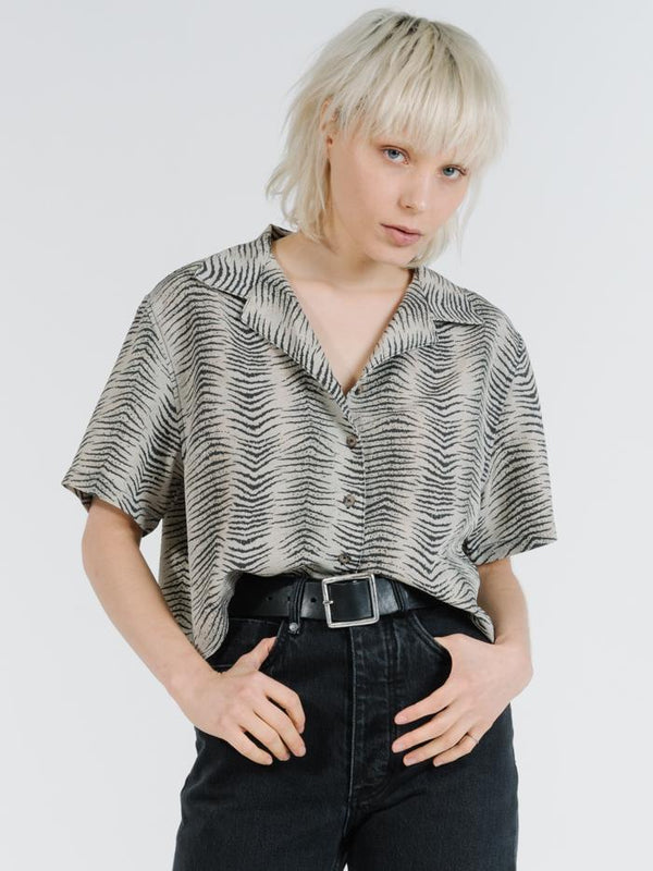 Zebra Lounge Cropped Shirt - Thrift White
