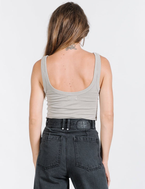 Minimal Thrills Tank - Clay