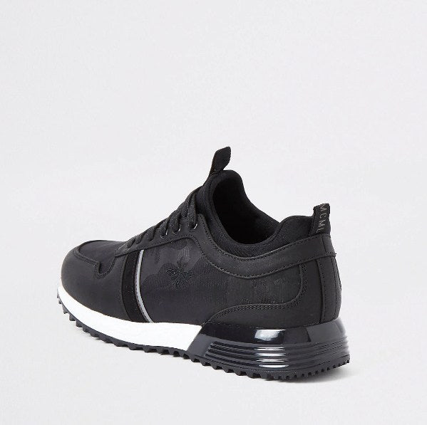 Black camo runner trainers - houseofhighness