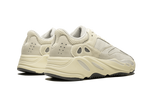 Sneakers Yeezy 700 Analog -Heatstock