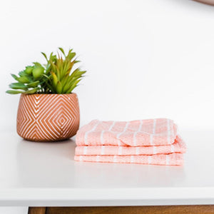 WASH CLOTH BLUSH