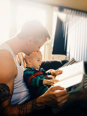 Reading to your baby for development